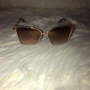 Used diff sunglasses